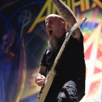 Scott Ian on the show this week!